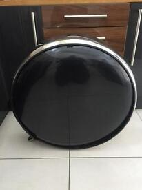 4x4 rear tailgate cover, stainless lockable rim