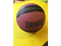 Lonsdale 3kg Medicine Ball | No Bounce | Weights, fitness exercise, strength training, boxing, gym