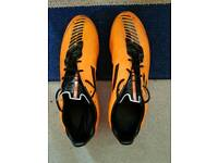 ADIDAS F50 Dual Surface football boots UK10