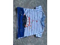 Jojo Maman Bebe 6-12 boys tshirt - good condition