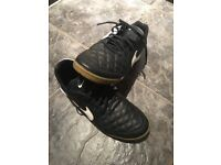 Nike Astro Trainers (Size 8.5)