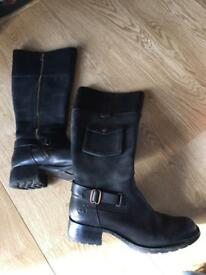 Genuine Timberland Ladies Boots Size 6