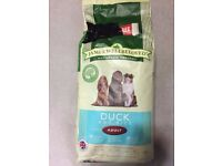 18kg Adult Dog Food James Wellbeloved - Duck and Rice