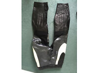 Ladies leather jeans - LEWIS LEATHERS - size 32 - great condition