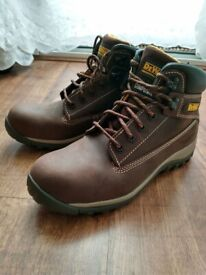 DeWalt Hammer Safety Boots with Steel Toe Cap, Size 8