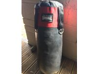 Lonsdale punch bag and bracket