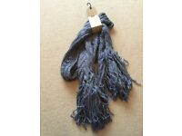 Beautiful ladies Next blue knitted style scarf brand new