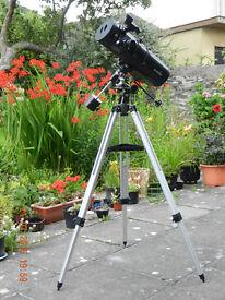 SKYWATCHER REFLECTOR TELESCOPE