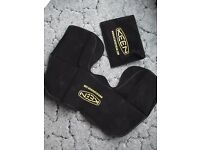 Keen Travel pillow / neck rest New with case