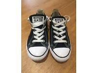 Black converse size 2. Fab condition. Worn a handful of times