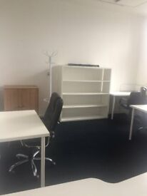 Nice office for 4-5 people for just £950pm