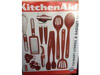 KitchenAid 17-piece Red Kitchen Cooking Tool and Gadget Set