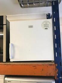 Zanussi fridge freezer table top