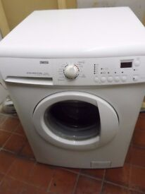 """""""Zanussi """"Washing machine.. 8kg..Spin-1200...For sale..Can be delivered."""