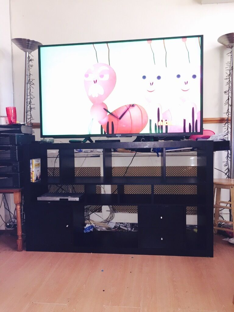 ikea expedit kallax tv unit buy sale and trade ads. Black Bedroom Furniture Sets. Home Design Ideas