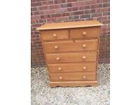 Solid chunky pine chest of drawers. Dovetail Joints. Quality build