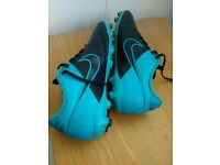Nike Magista UK Size 5 Football Boot