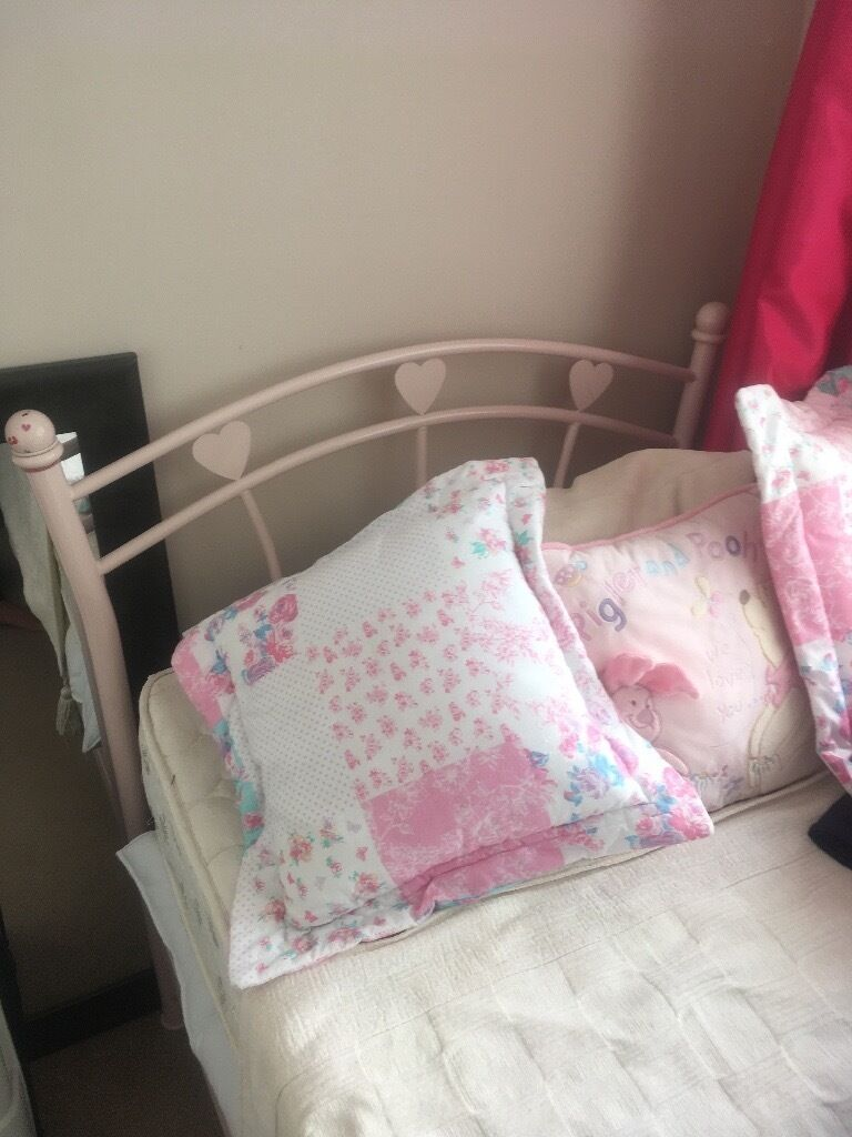 Pink metal single bedin Chelmsford, EssexGumtree - I am selling a Pink metal single bed with mattress. Selling as downsizing. Good condition