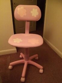 Pink floral children desk chair