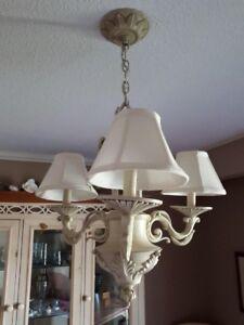 Heritage-look light fixture