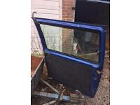 Mercedes Vito 638 complete drivers side sliding door with opening window