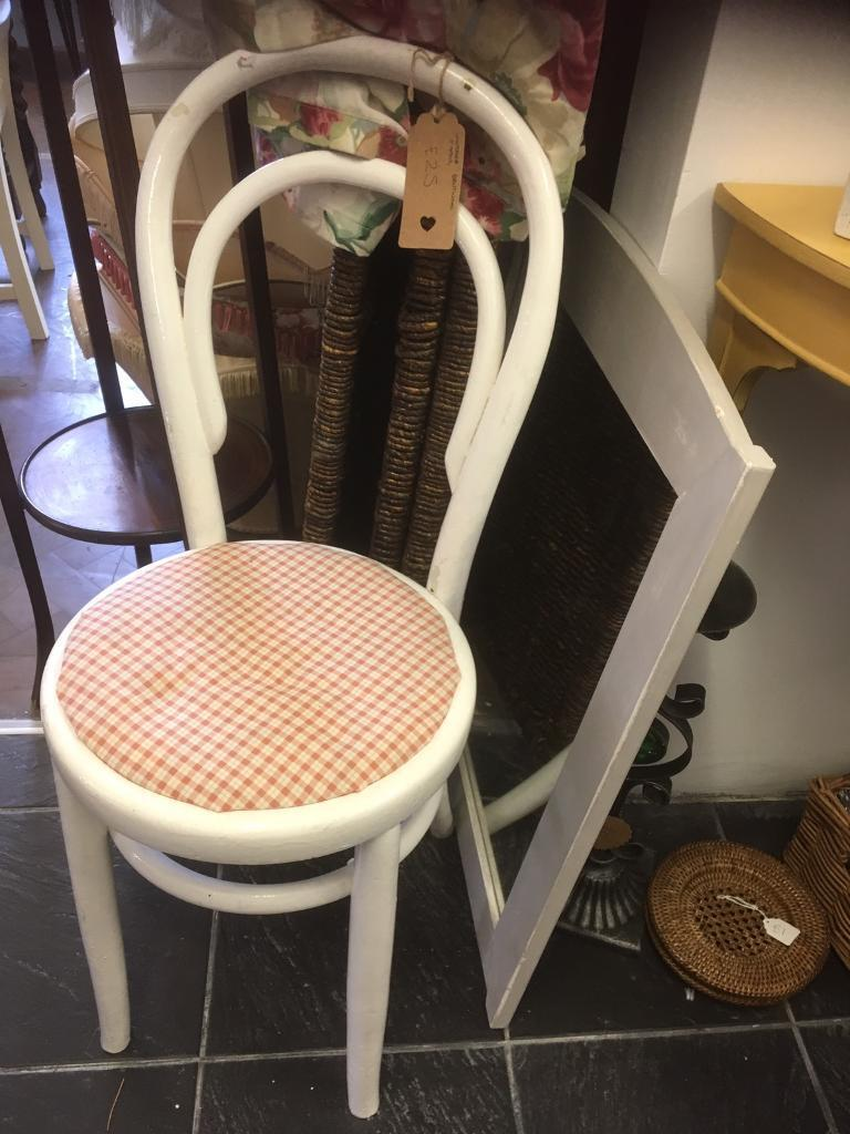 LOVELY LITTLE BENTWOOD BISTRO STYLE CHAIR