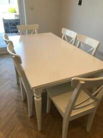 White ikea extending dining table and 6 chairs