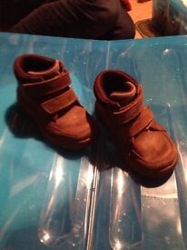 Boys Clarks Brown Leather Boots size Infant 7G