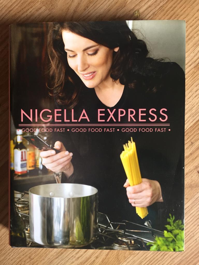 NIGELLA EXPRESS COOK BOOK
