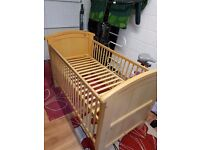 Cosatto Hogarth 3 in 1 Cot Bed