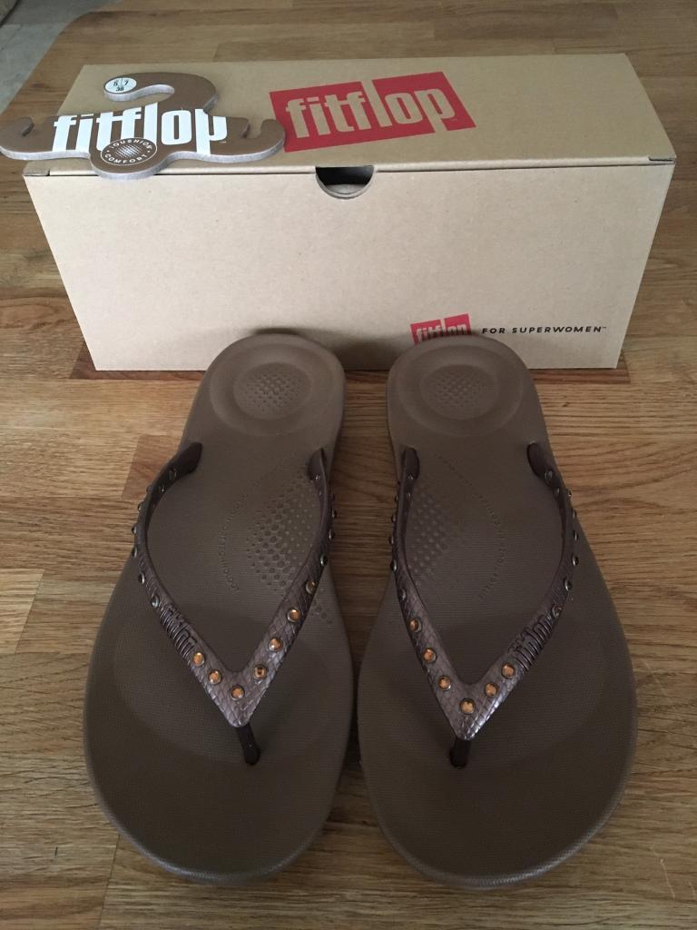 b4b2ce84d7fafd Brand New Fitflop Bronze Flip Flop Sandals Size 5