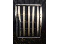 Aluminium roof rack