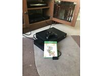 Xbox one with controller and 1 game