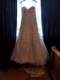 Wedding dress 14/16