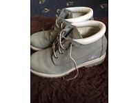 Timberland size 6 boots ( light blue)