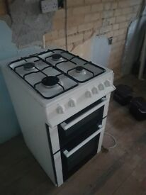 50 cm Logik gas oven needing a good home (LTOG50W12)