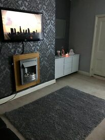 3 bed upper flat pets/Dss welcome