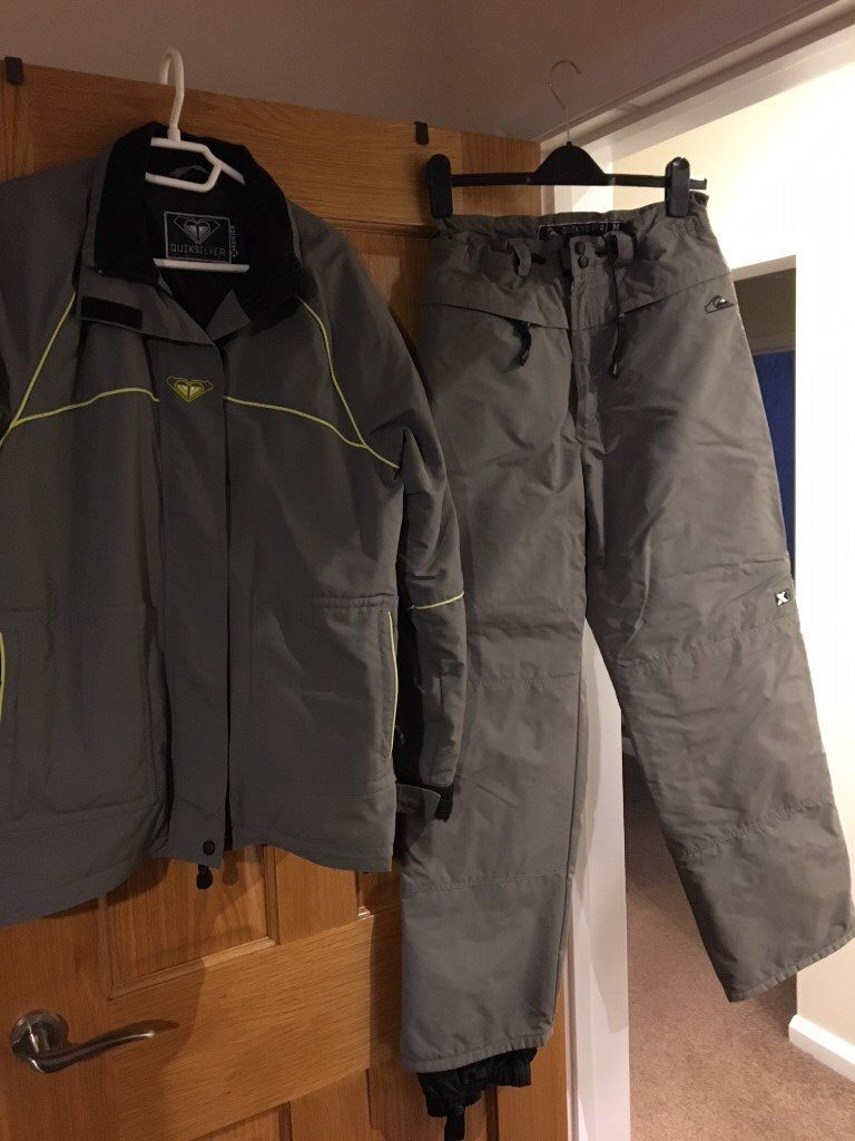 Ladies Quicksilver Jacket & trousers size 12-14