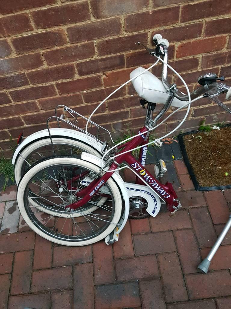 Stow away fold down bike