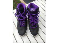 Nike trainers - NEW