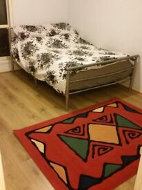Double room available,Close to Heathrow Airport/Feltham****495/-****