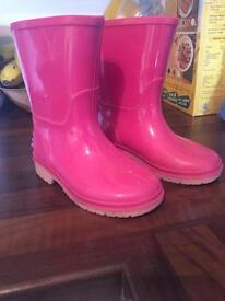Girls Clarks size 6.5F wellies as new