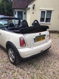 Mini Cooper convertible 2005/55 Cream