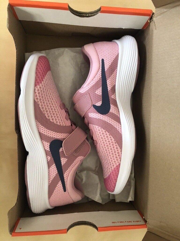 6f8f670eea2 Size 2 Kids Girls Nike Revolution 4 Pink Trainers (EU 34)    BRAND NEW