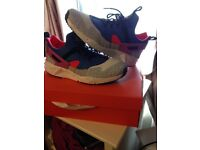 903eb5bfd61e49 Men s size 9.5 limited edition huaraches