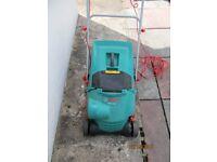Bosch AVR 1100 Verticutter lawn raker