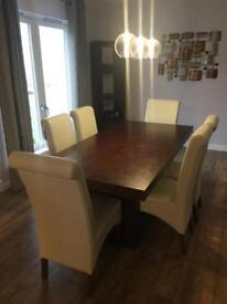 Stunning Dining Table and Six Chairs RRP £899.99