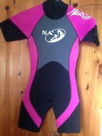 Girls shortie wetsuit, age 5-6