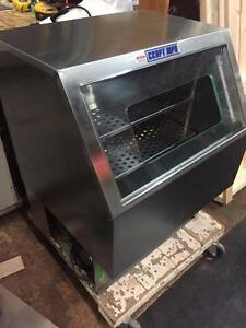 Craft MFG Grab n' Go Cooler - Commercial Merchandiser Display Refrigerator - iFoodEquipment.ca