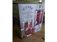 Brand new Kilner 5ltr drinks dispenser set